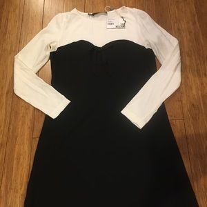 BNWT LOVE MOSCHINO DRESS WITH BOW DETAIL